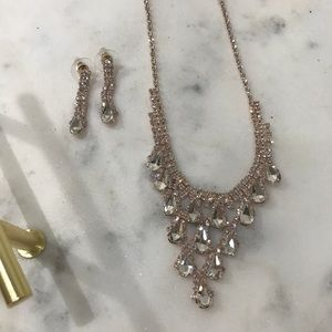 Jewelry - Rose Gold Necklace and Earrings Set🎁